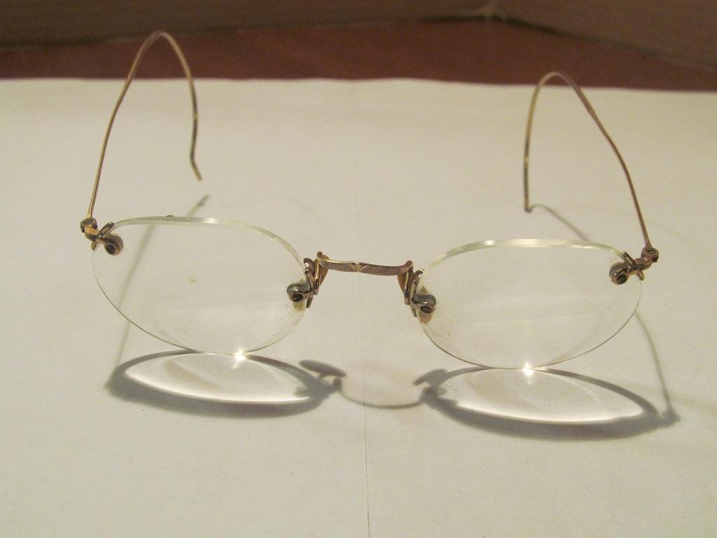 f3c97d66e55f Home   Antique Vintage - Eyeware   Perfex Gold Wire Rim Eyeglasses